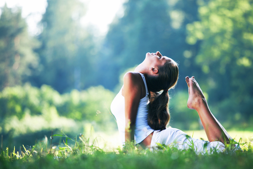 kobieta-joga-natura